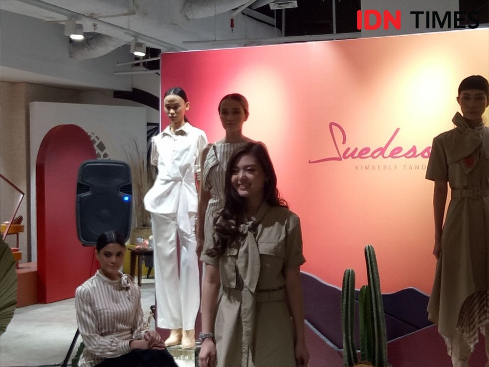 Desainer Couture Kimberly Tandra Luncurkan Fashion Ready to Wear