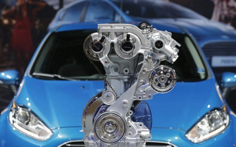 Kenapa Toyota Raize dan Daihatsu Rocky Pakai Mesin Tiga Silinder?