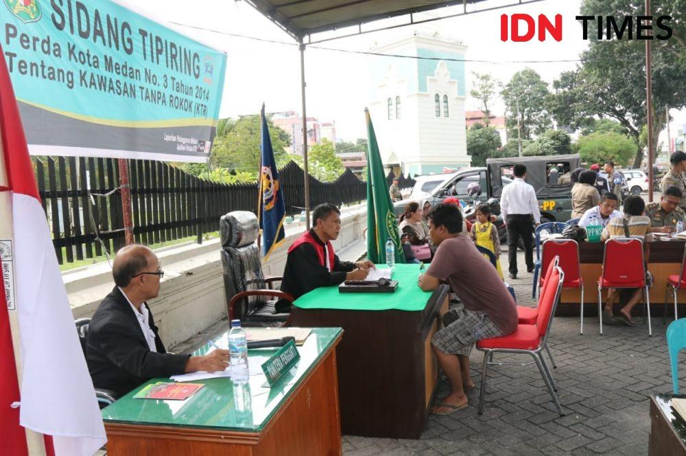 Merokok di KTR, 18 Orang Jalani Sidang Terbuka di Medan