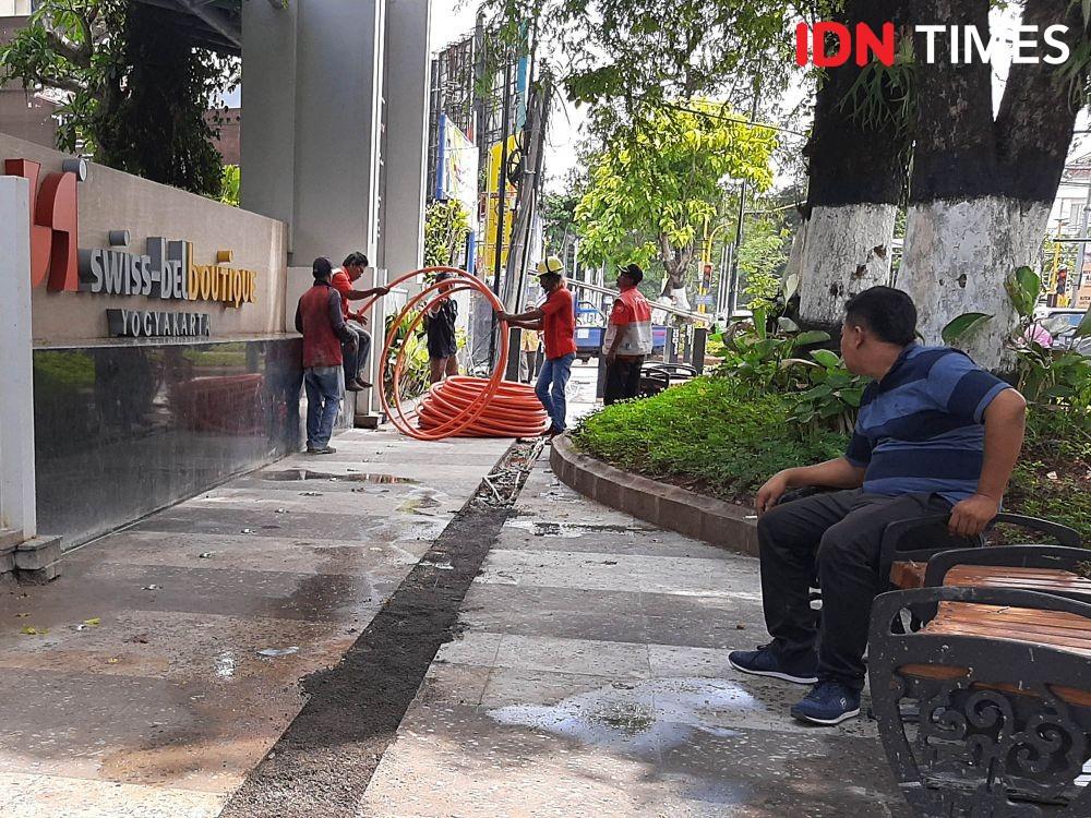 Tahun Depan Dipastikan Sekitar Tugu Pal Putih Yogyakarta Bebas Kabel