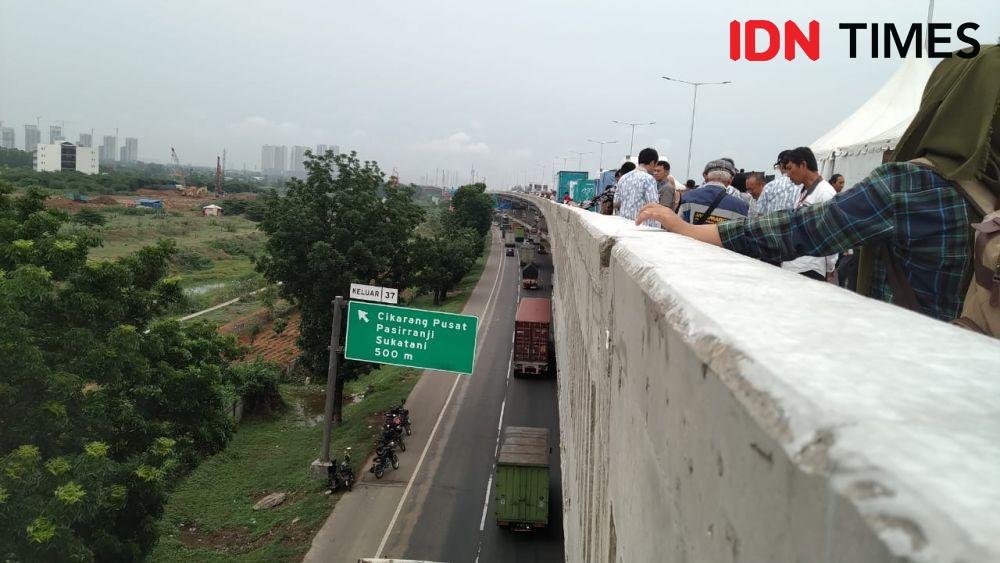 Menilik Potensi Kecelakaan di Jalan Layang Tol Japek