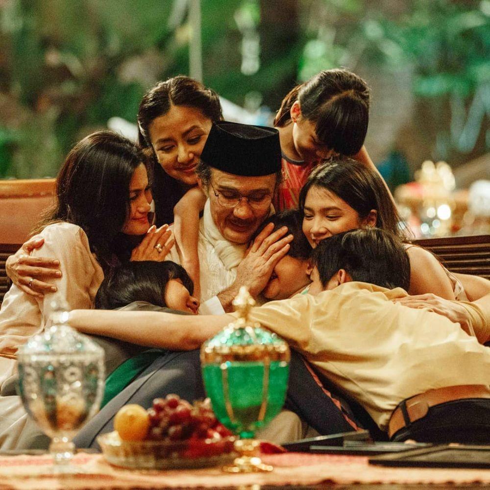 [Review Ber-Spoiler] Film Habibie & Ainun 3: Ceritakan Masa Lalu Ainun