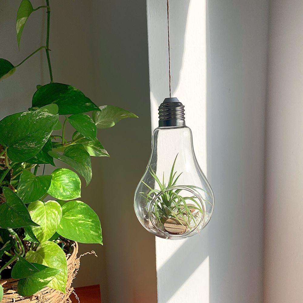 Instagramable! Ini Ide Kreatif Bikin Dekorasi dari Bohlam Lampu Bekas