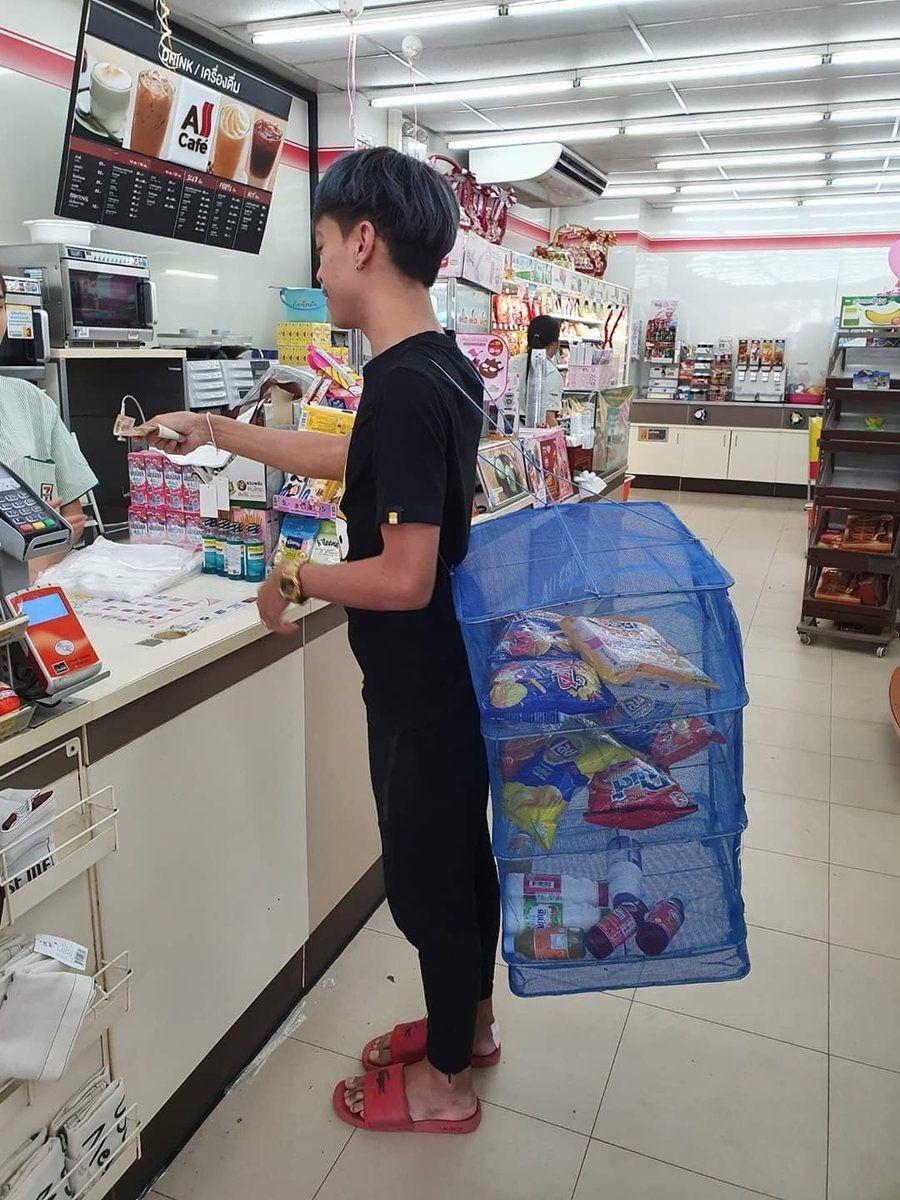 Cara Kocak Belanja Tanpa Kantong Plastik, Mau Ikut-ikutan?