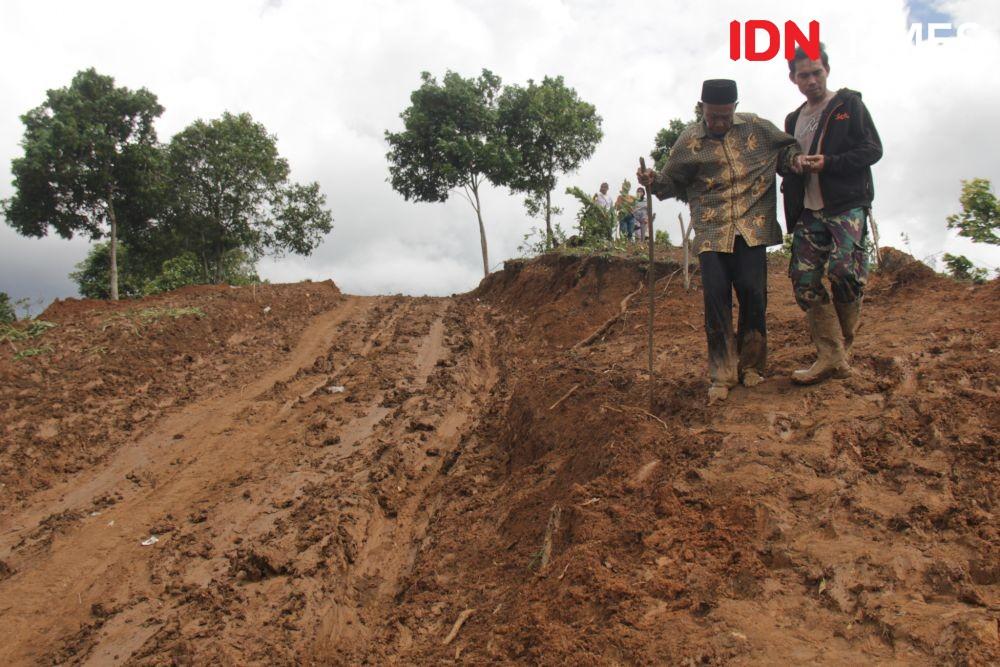 Belah Dua Bukit, Kemen PUPR Buka Daerah Terisolir di Cileuksa Bogor