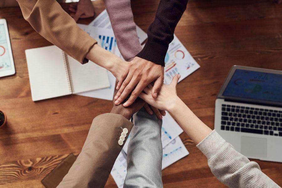 Gak Melulu Enak, Bagaimana Rasanya Kerja di Perusahaan Startup?