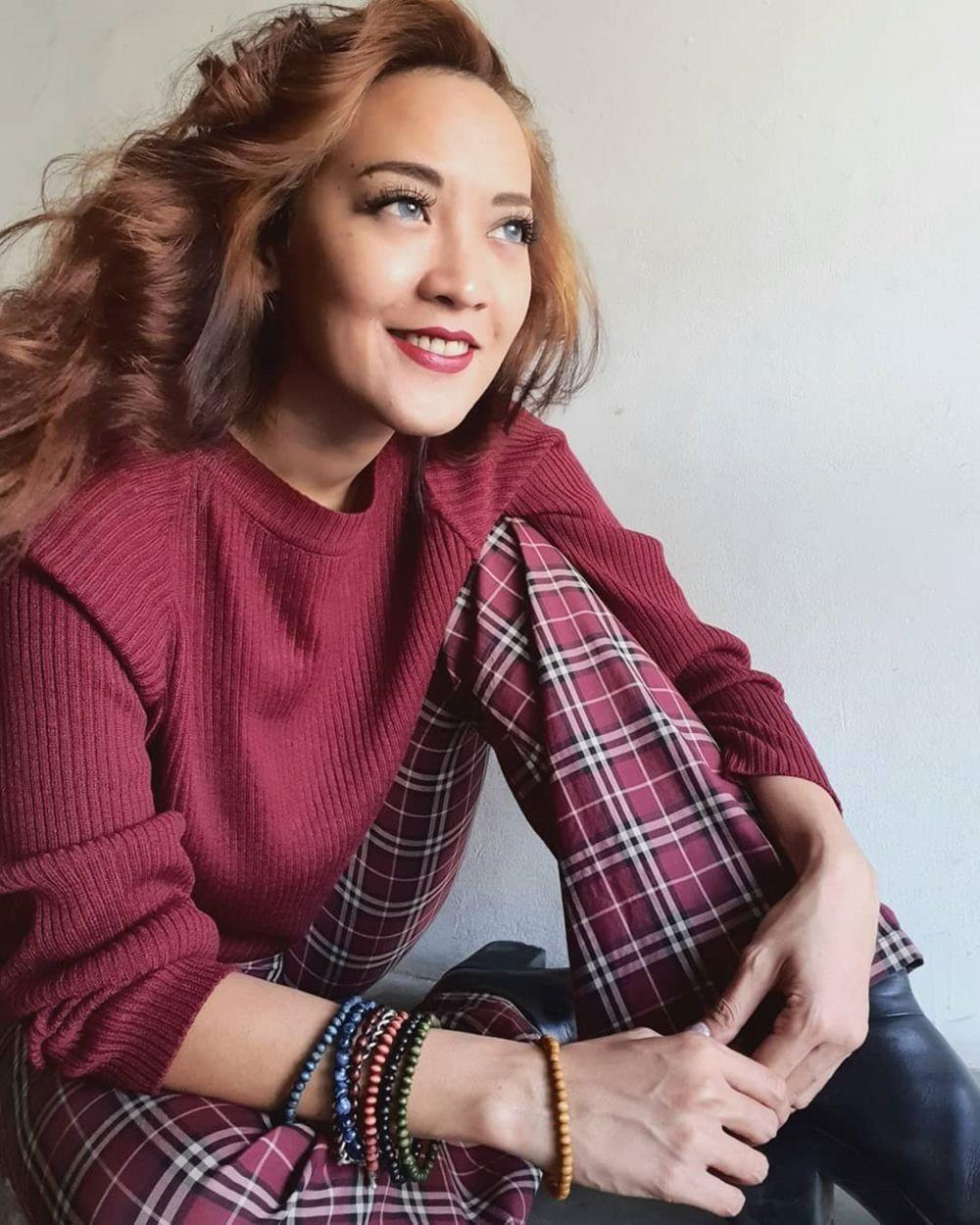 10 Potret Inna Kamarie eks Dewi Dewi yang Awet Muda Bak ABG di Usia 33