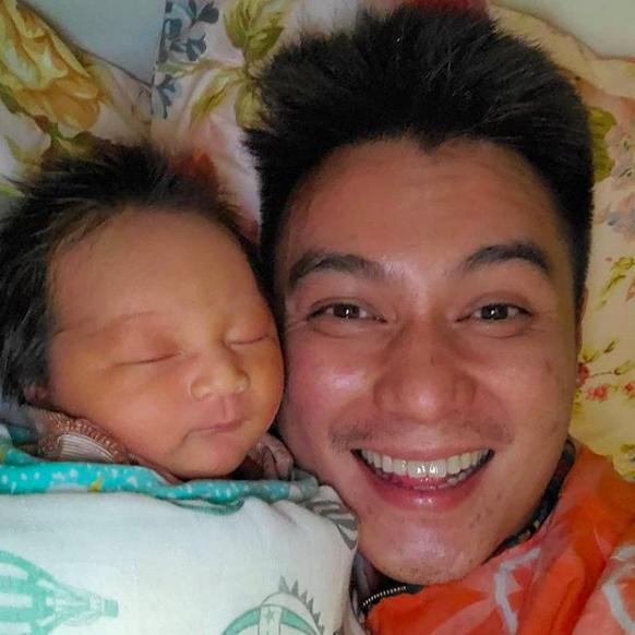 Intip 10 Momen Manis Baim Wong dan Baby Kiano, Papa Idaman Banget!
