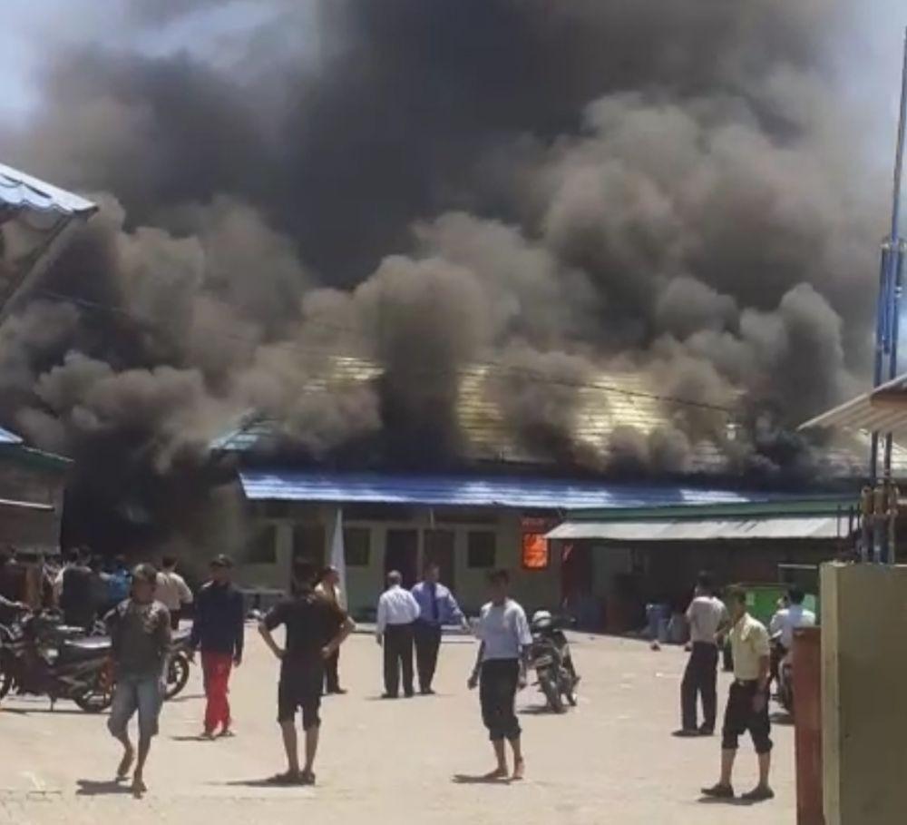 Bangunan Penyimpan Alat Pramuka di Pondok Gontor 2 Ponorogo Terbakar