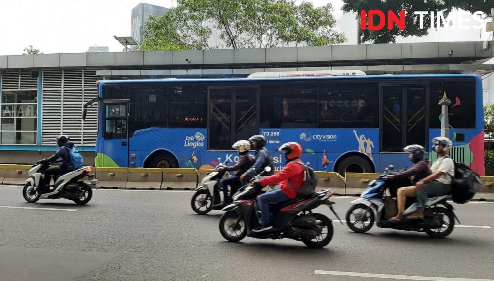 Ada Demo BEM SI Tolak Omnibus Law Transjakarta Ubah Rute, Cek di Sini!