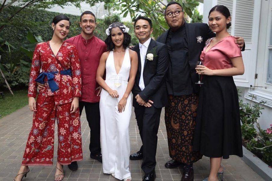 Inspirasi Busana Lamaran & Pernikahan Seleb di Bulan Januari 2020