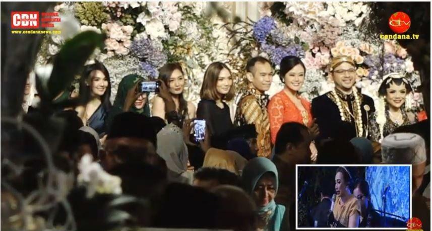 10 Potret Royal WeddingDanny Rukmana dan Raiyah, Kental Nuansa Adat