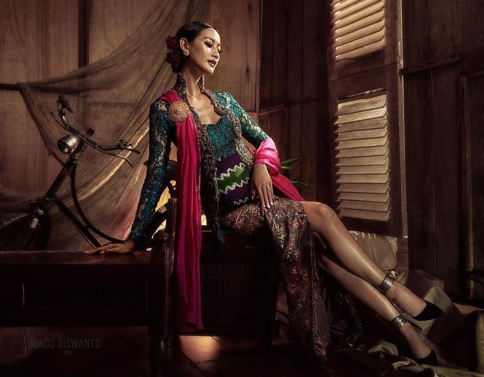 9 Inspirasi Kebaya ala Putri Indonesia 2020, Anggun nan Elegan