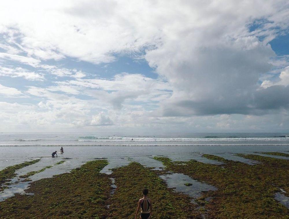 Info Lokasi, Harga Tiket, dan Tips Wisata ke Pantai Green Bowl Bali