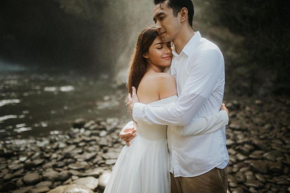 Hadiri Pernikahan Mezty Mez, Ini 8 Kabar Terbaru Para Member 7icons