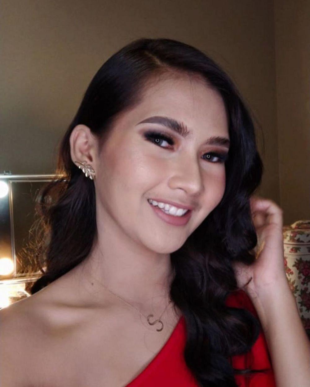 Viral Injak Sandal Bocah, 10 Pesona Soraya Rasyid Sang Host Uang Kaget