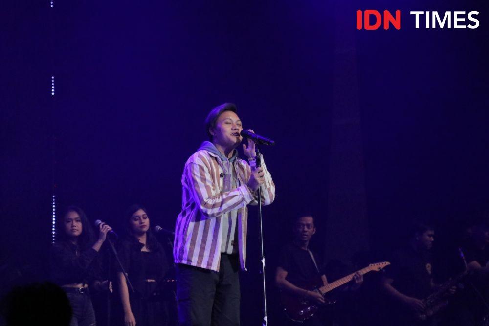 Dibikin Galau, 10 Potret Rizky Febian di BNI Java Jazz Festival 2020