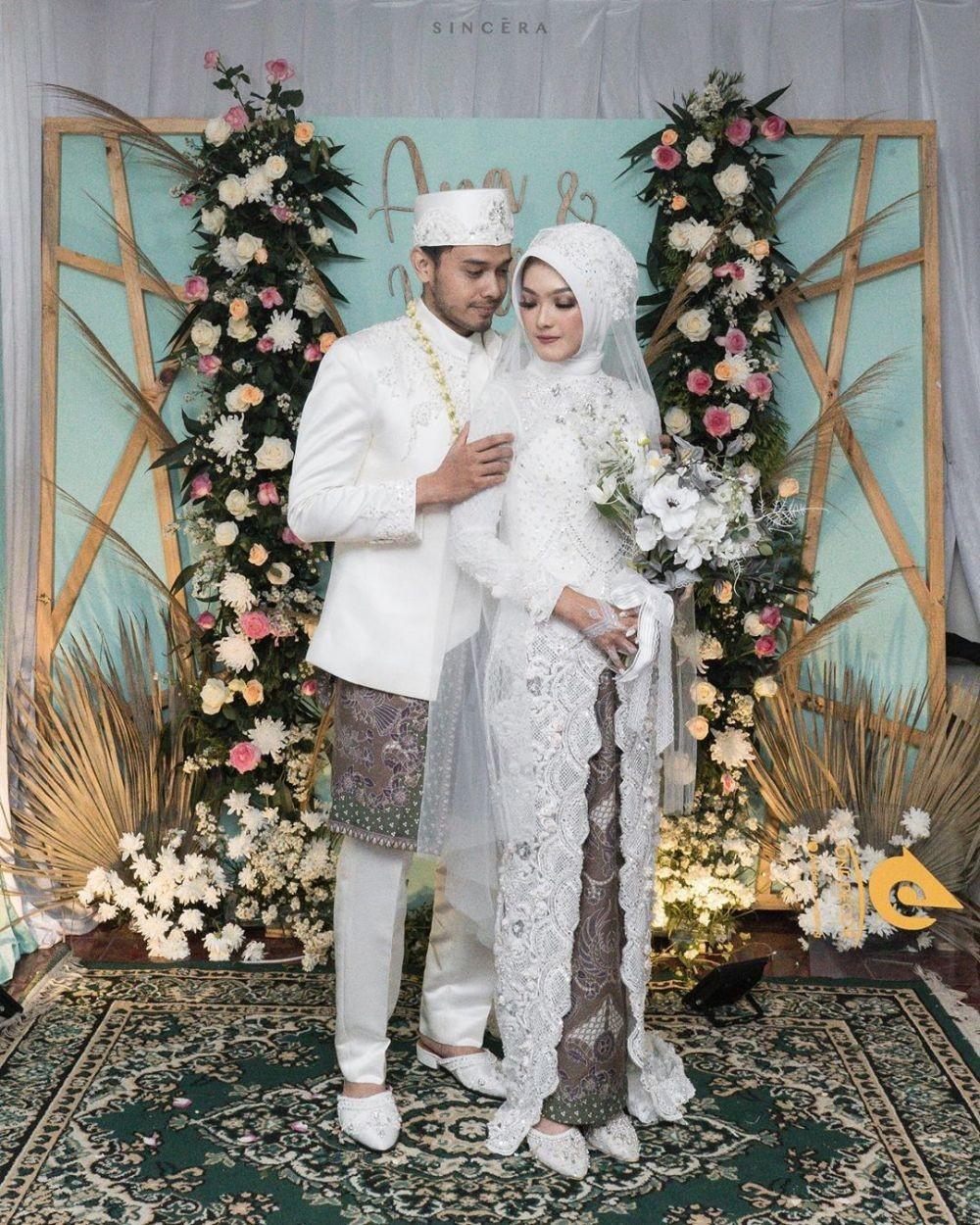 10 Momen Pernikahan Ana Riana, Istri Mas Pur di Tukang Ojek Pengkolan