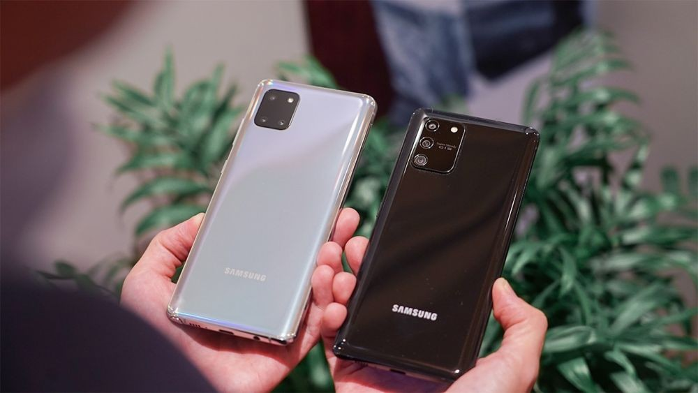 Identify the features of the Samsung Galaxy S10 Lite and Note 10 Lite, to Mend, to Where?