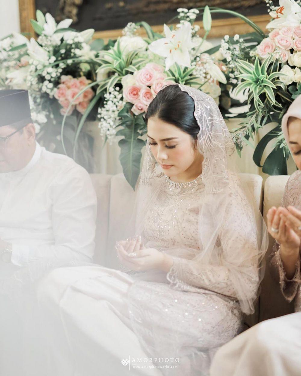 Sah! 10 Momen Haru nan Bahagia Pernikahan Andania Suri danIsdananto
