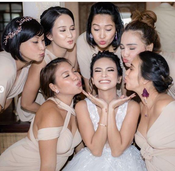10 Gaya Persahabatan Geng Vanessa Angel, Hits Abis!