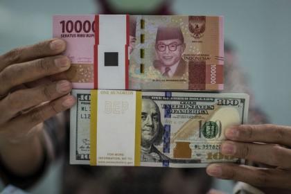 Kamis Pagi, Rupiah Dibuka ke Level Rp14.272 per Dolar AS