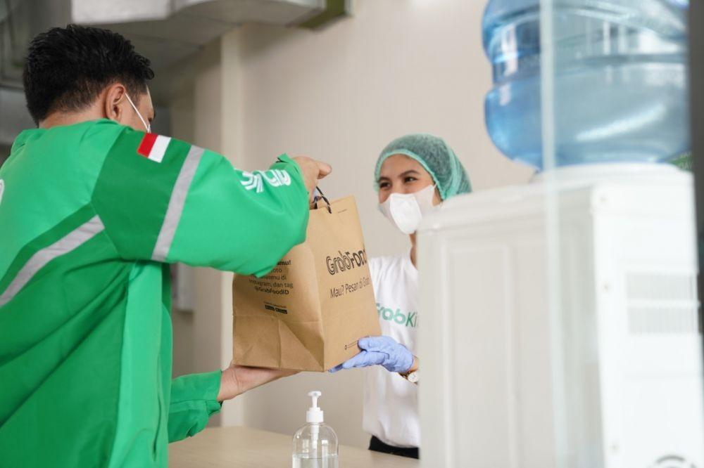 Ngeluh Bosan? Ingat 5 Orang Ini Tetap Kerja di Tengah Ancaman Pandemi