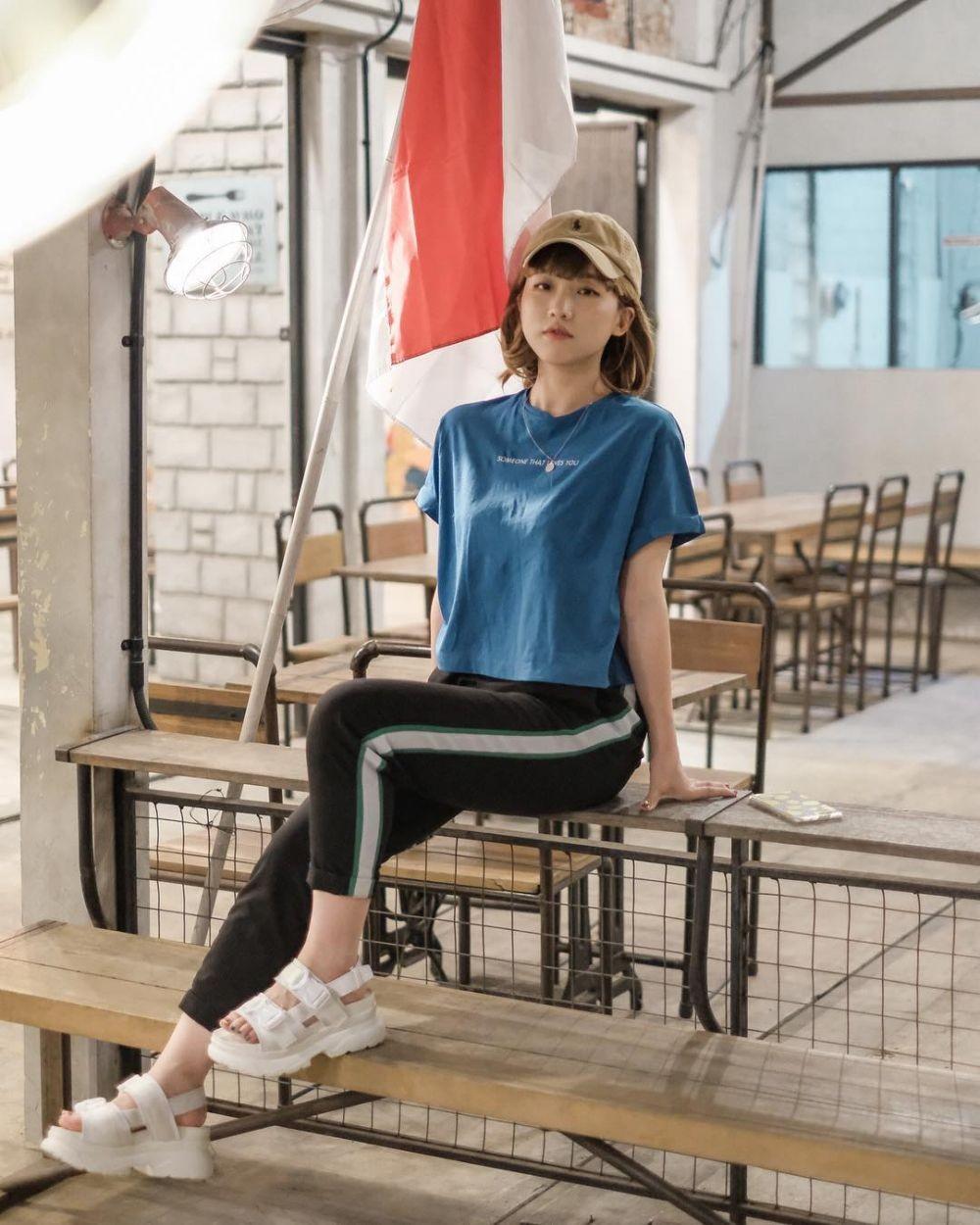 10 OOTD ala Han Yoo Ra,Eonni Cetar Referensi Gaya Millennials