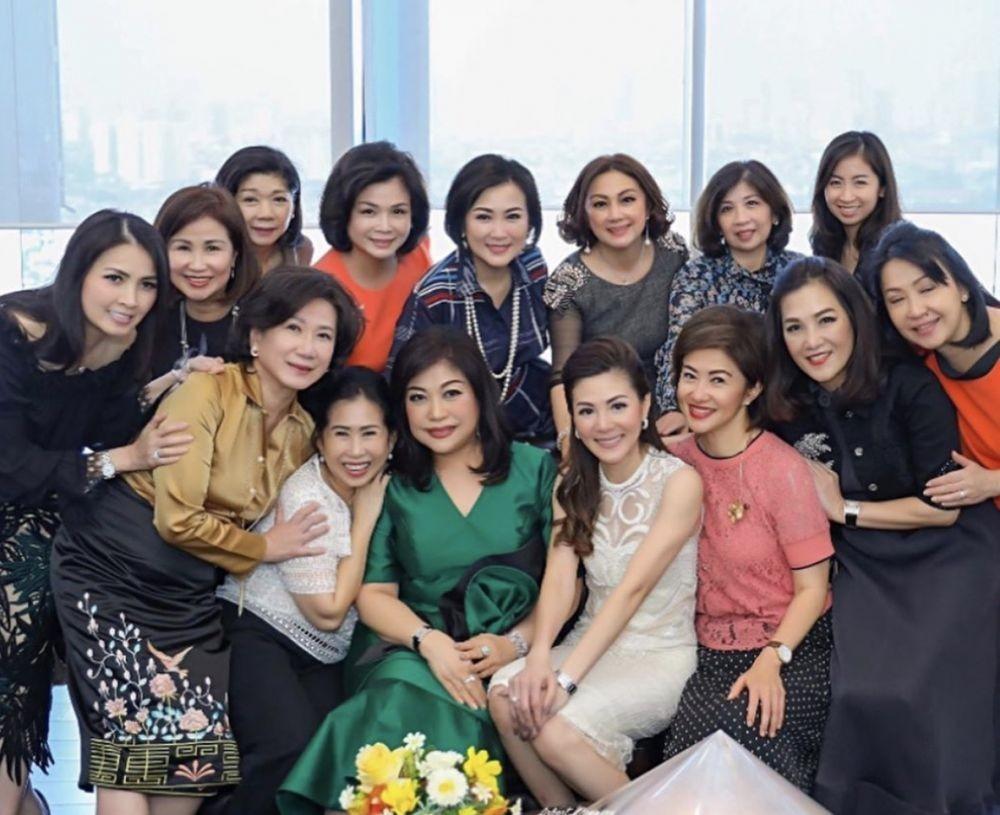 10 Potret Cetar Geng WWG Liliana Tanoesoedibjo, Ibu-ibu Sosialita!