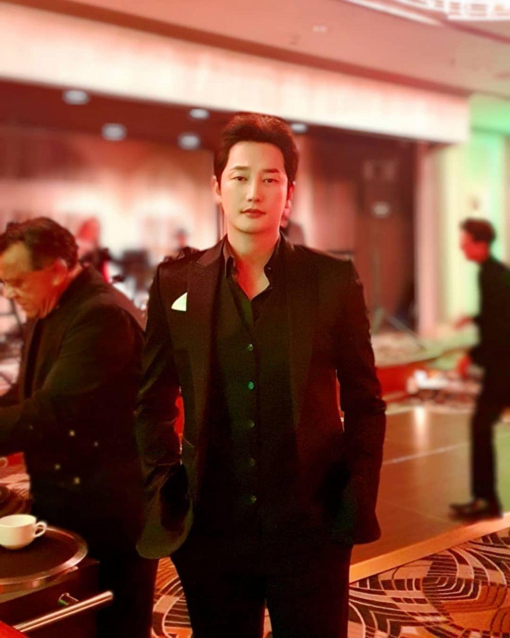Main Drama Baru, 10 Potret Park Si Hoo Awet Muda di Usia 42