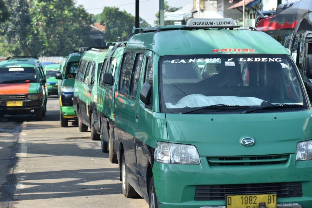 Terdampak Virus Corona, 5.700 Sopir Angkot di Semarang Menganggur