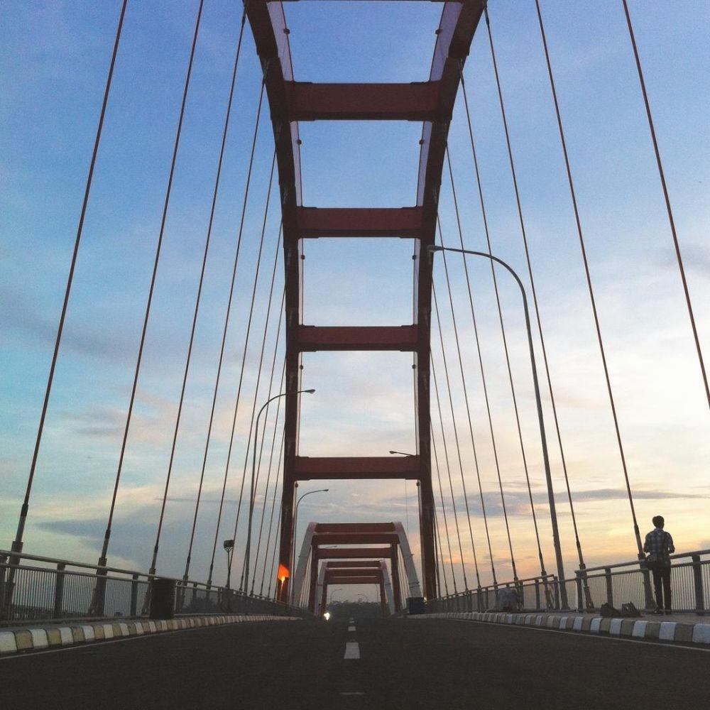9 Jembatan di Indonesia yang Konon Sangat Angker, Tercium Anyir Darah