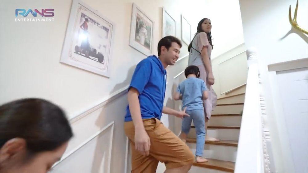 Dijual Rp2,8 Miliar, Ini 10 Potret Rumah Mewah Syahnaz dan Jeje