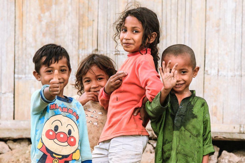 5 Potret Anak yang Nggak Seberuntung Dirimu, Tapi Masih Bisa Tersenyum