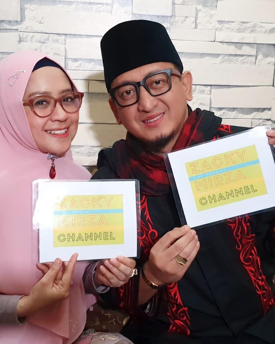 Rujuk Kembali, 10 Potret Kemesraan Ustaz Zacky Mirza & Shinta Tanjung