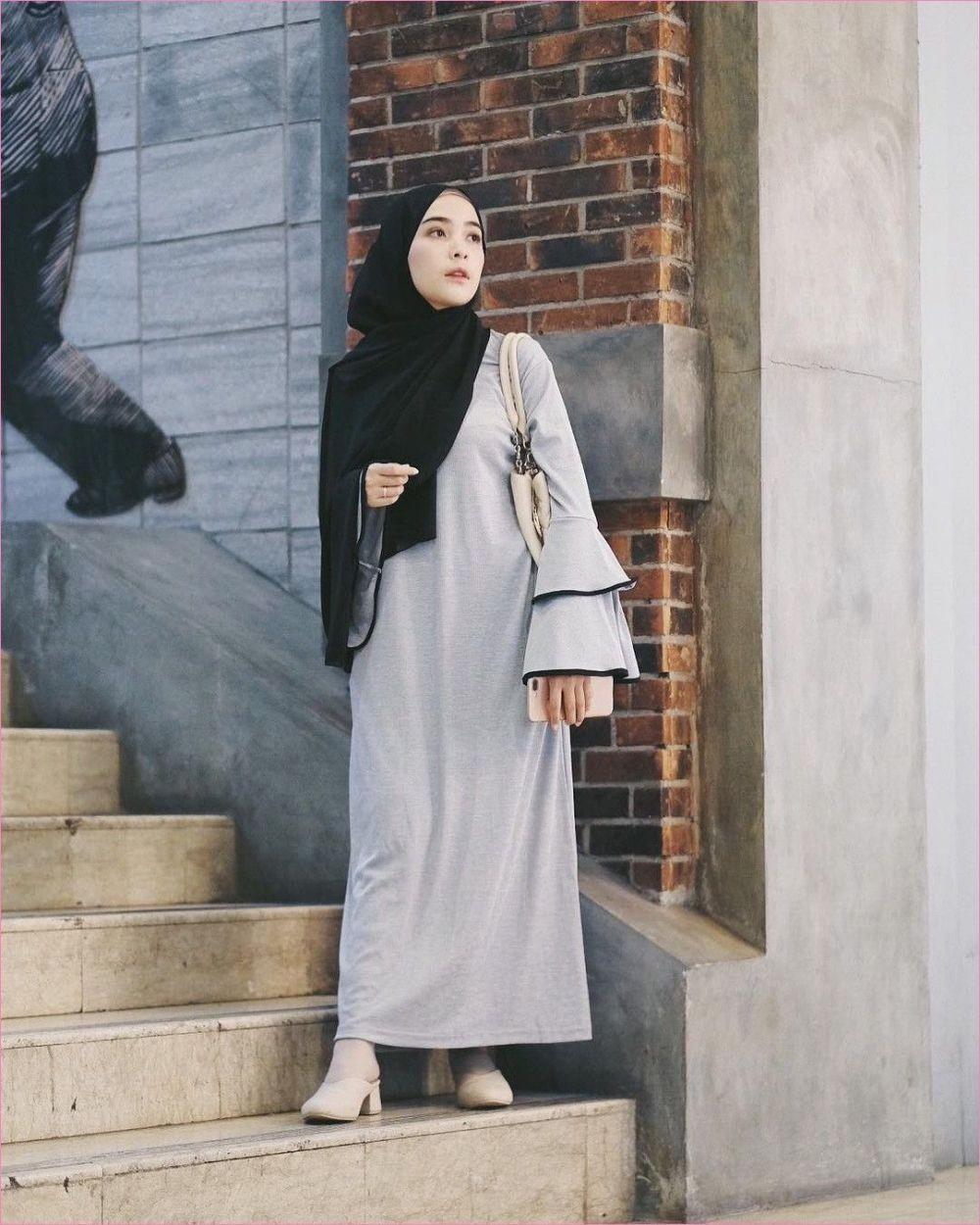 11 Ide Padu Padan Warna dalam Berpakaian, Dijamin Kece & Fashionable!