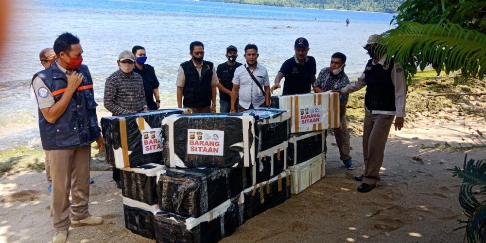 Merasa Rugi, Eksportir Benih Lobster dari Bandung Hentikan Pengiriman