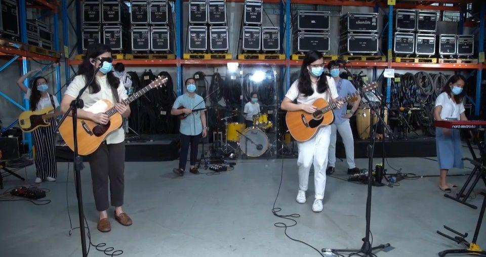 Ajak Musisi Singapura & Filipina, 5 Momen Seru Konser Virtual Ardhito