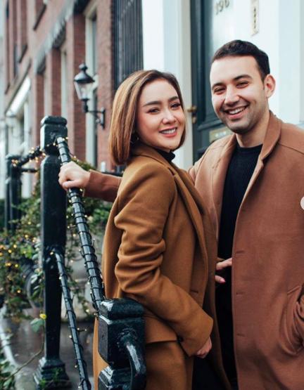 Batal Nikah Padahal Sudah Dilamar, Ini Perjalanan Cinta Cita Citata