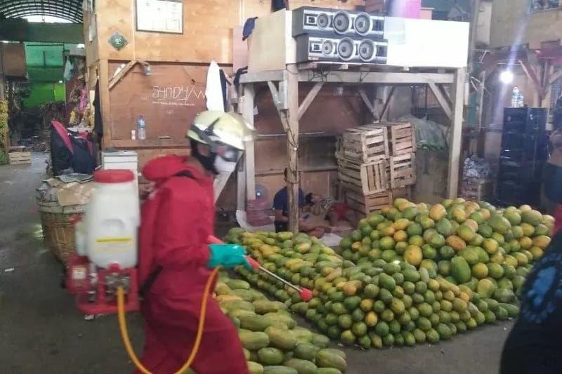 49 Pedagang Pasar Induk Kramat Jati Positif COVID-19, Pasar Ditutup?