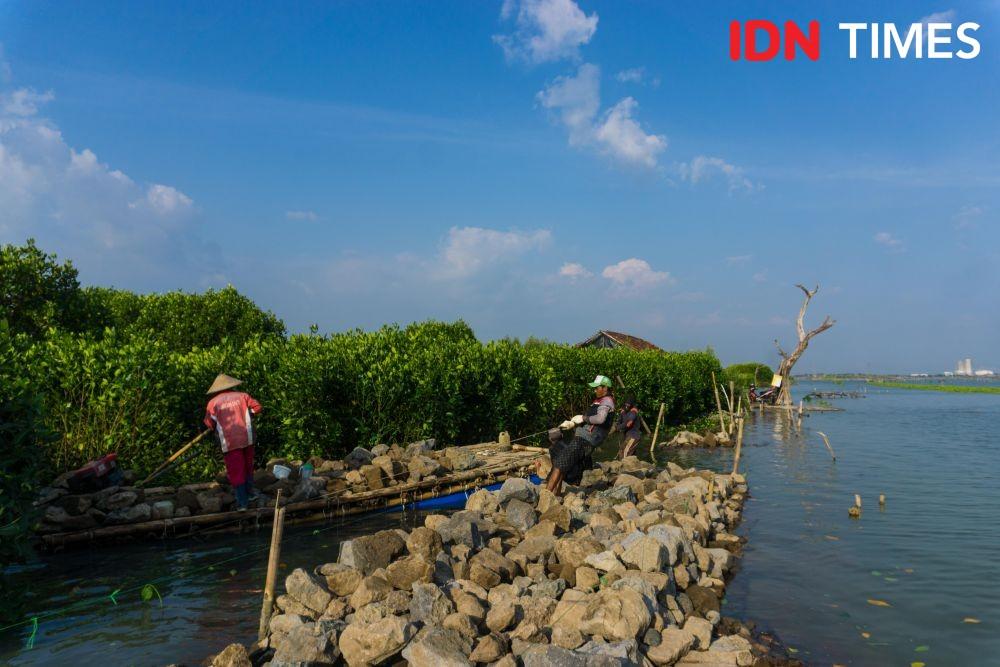 [FOTO] Dukuh Mondoliko yang Terisolasi Akibat Perubahan Iklimdi Demak