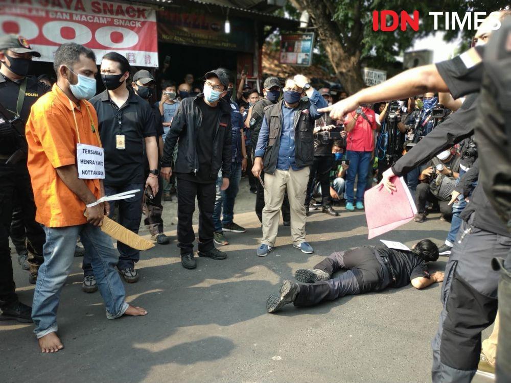 [FOTO] Detik-detik Penyerangan Anak Buah John Kei ke Anak Buah Nus Kei