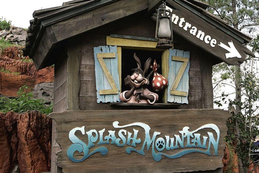 9 Wahana Disneyland Paling Kontroversial Sepanjang Sejarah, Kamu Tahu?