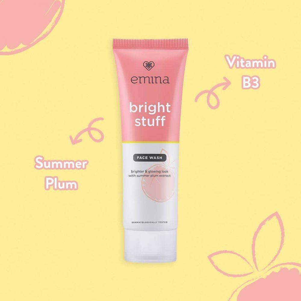 6 Rekomendasi Face Wash buat Remaja, Formula dan Harganya Ringan!