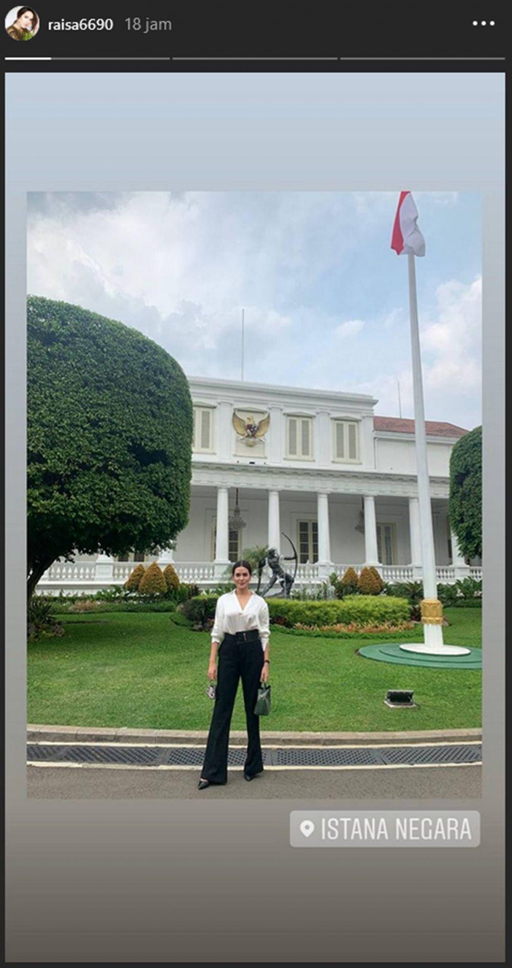 15 Potret Artis saat Terima Undangan dari Istana Negara, Bangga Banget