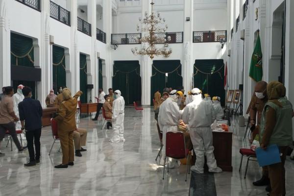 [LINIMASA-4] Perkembangan Terkini Pandemik COVID-19 di Indonesia
