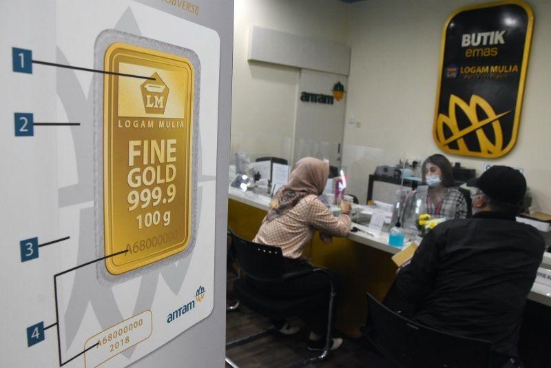 Harga Emas Antam Menanjak ke Rp1.040.000 per Gram di Akhir Pekan