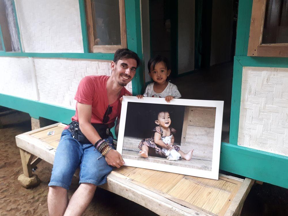 Tunjukkan Kecintaannya, Bule Prancis jadi Fotografer di Indonesia