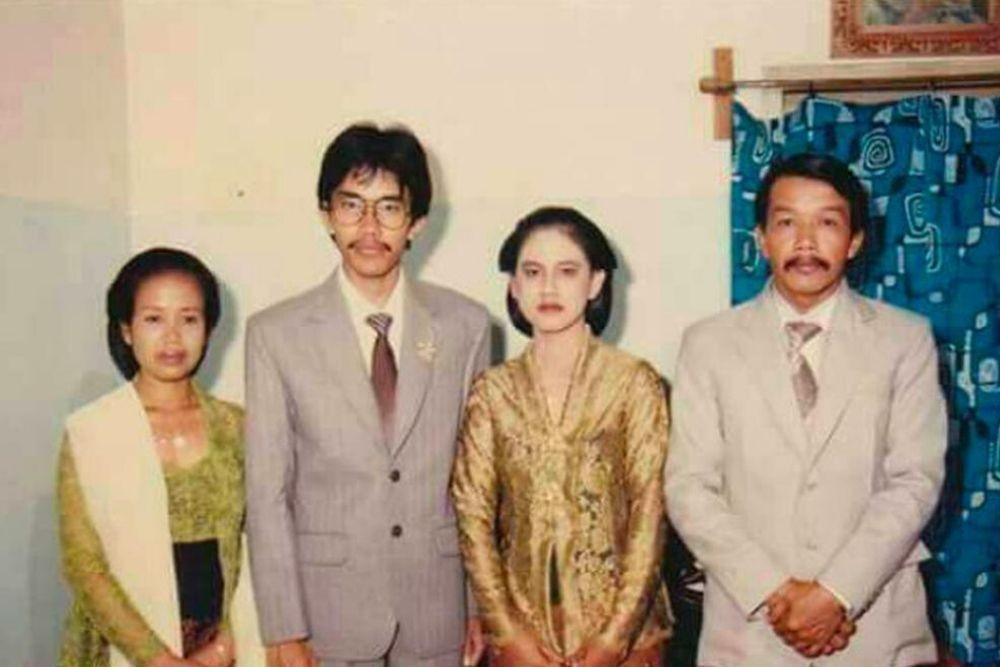 14 Potret 7 Presiden Indonesia Waktu Muda, Kharismanya Gak Luntur