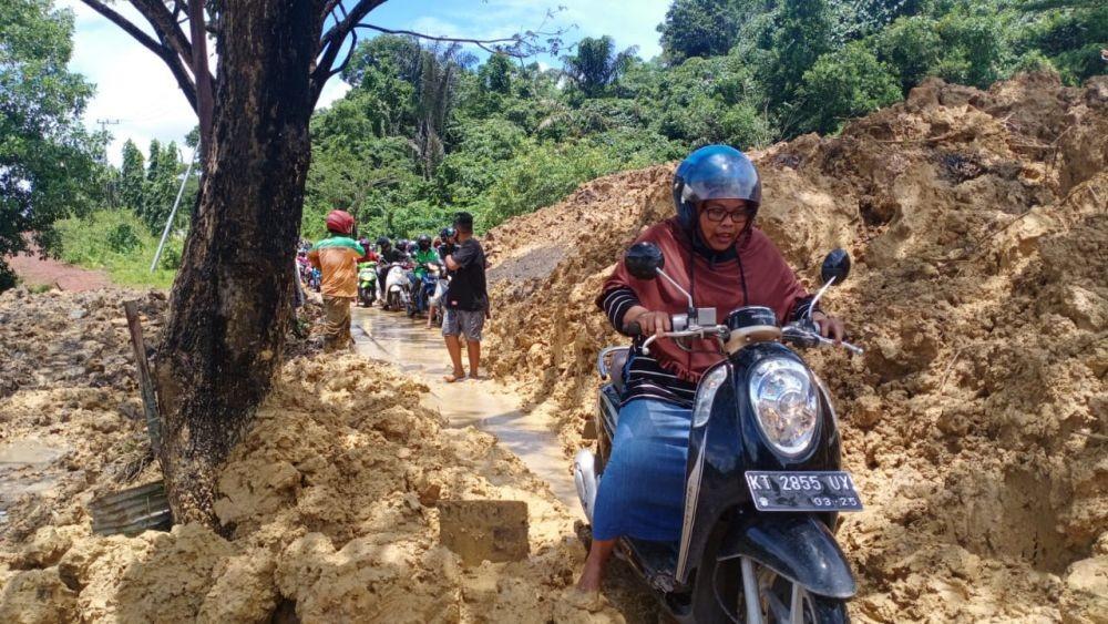 Musim Hujan Tiba, Warga Kaltim Waspada PetakaLongsor dan Banjir